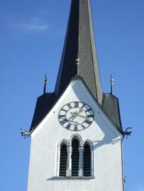 b Kirchturm der Pfarrkirche St. Michael